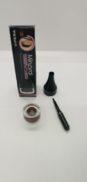 Delineador Mineral para Cejas y Ojos de VIPERA
